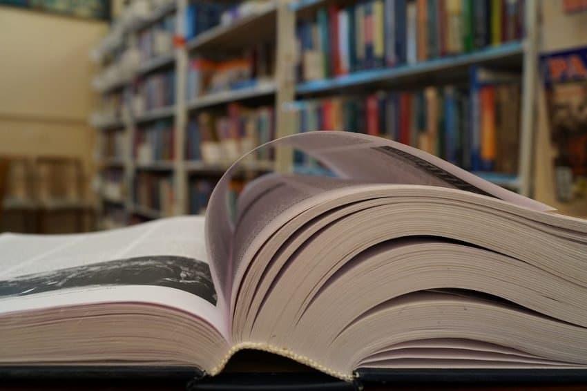 В библиотеках Ховрина премируют самых активных участников опроса. Фото: pixabay.com