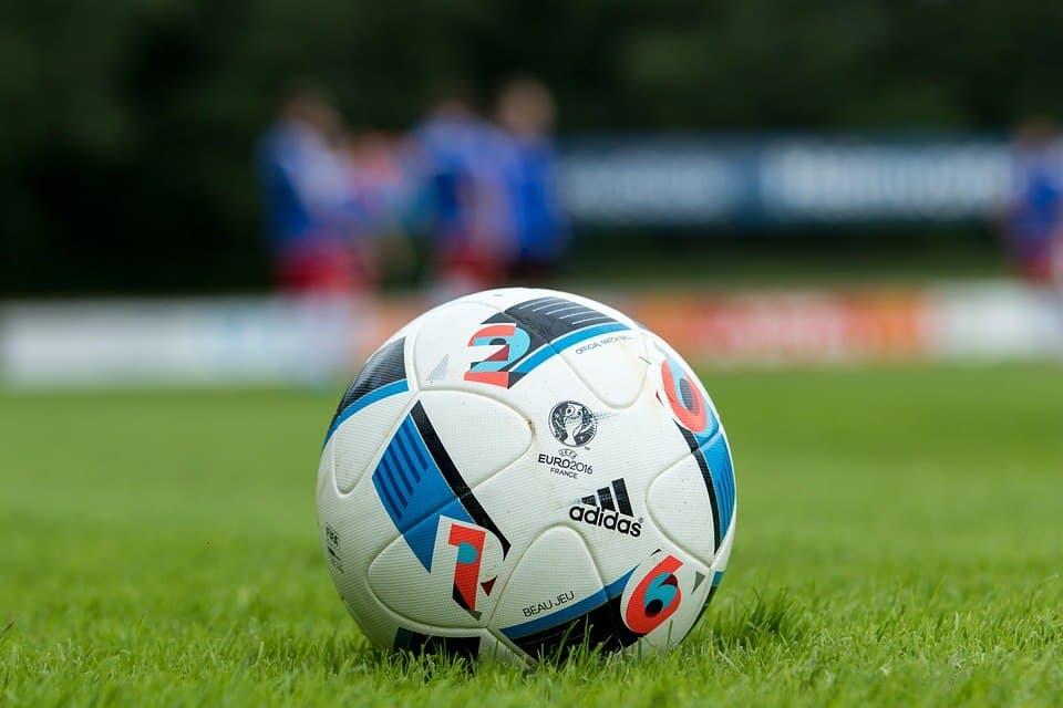 Окружные соревнования по футболу пройдут на Фестивальной. Фото: pixabay.com